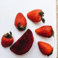 Batido energizante de remolacha y fresas