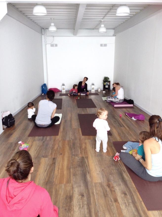 Yoga madre y bebé